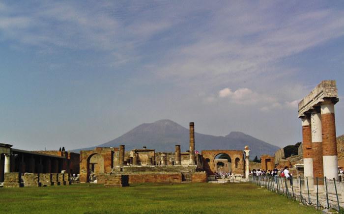 Le Forum de Pompéi